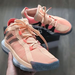 Dame 6 Intl Womens Day 🏀 Shoes